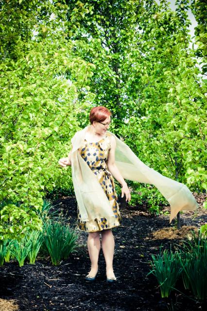 gold dress-2-4